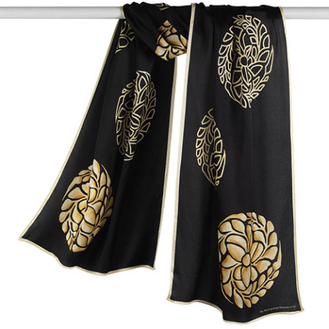 Japanese Medallions Oblong Scarf (black/gold)
